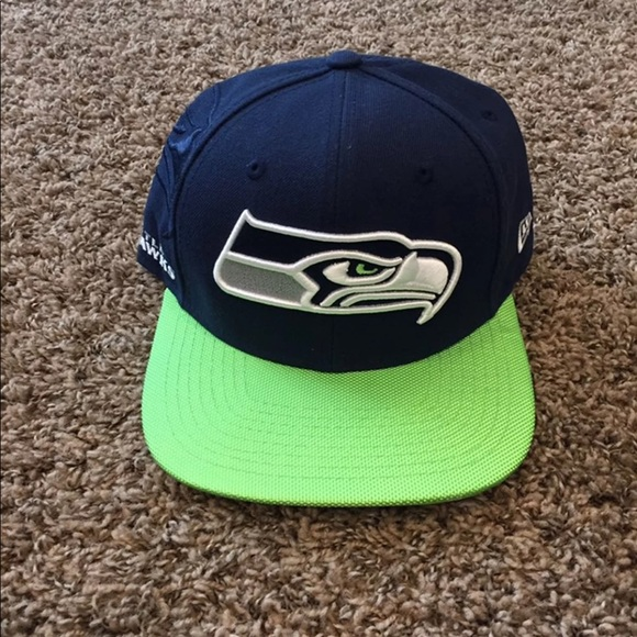22d423775 Seattle Seahawks Sideline Flat Bill Hat
